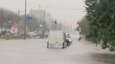 Photo of Затоплені вулиці та перекритий рух: у Києві вирує негода